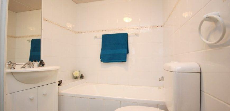 Surry Hills one bed furnished apartment