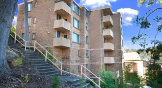 North Sydney apartment 2 beds 1 bath 1 car