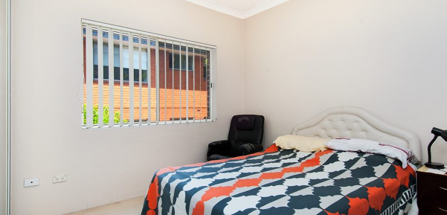 Homebush West 2 bed unit with garage