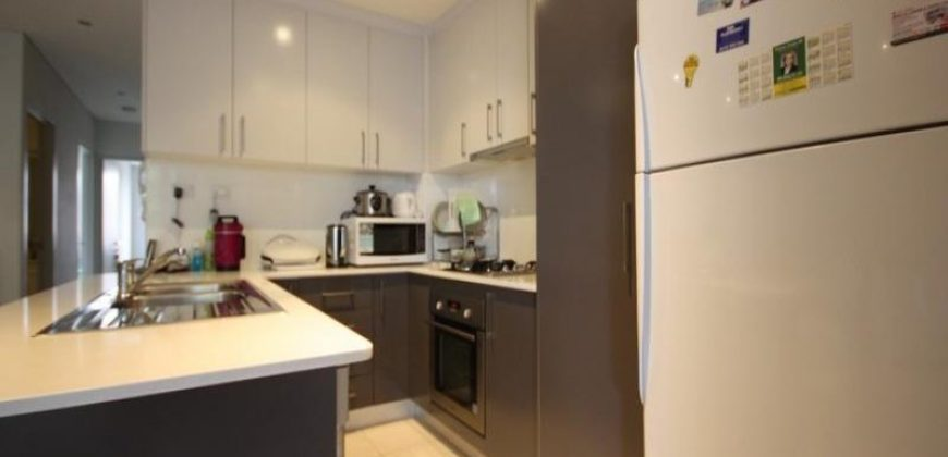 Homebush West stunning 2 bed unit