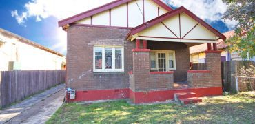 Homebush affordable spacious 3 bed house