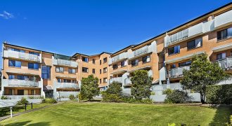 Homebush West 2 bed top floor apartment