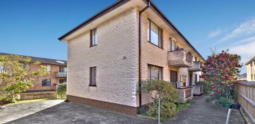 Lidcombe 2 bed ground floor unit with car space