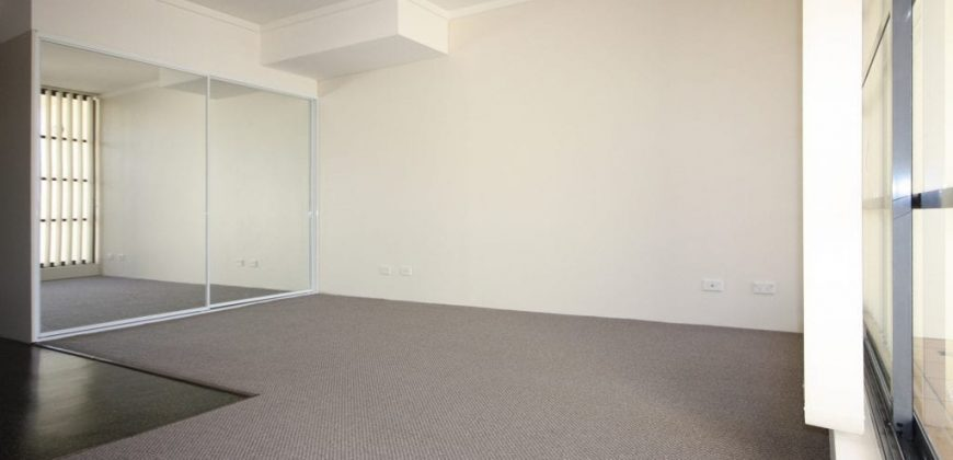 Camperdown NSW modern studio for rent