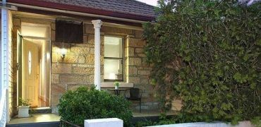 Concord classic 3 bed sandstone cottage for rent