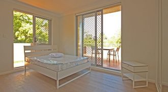 Petersham modern partly furnished studio apartment