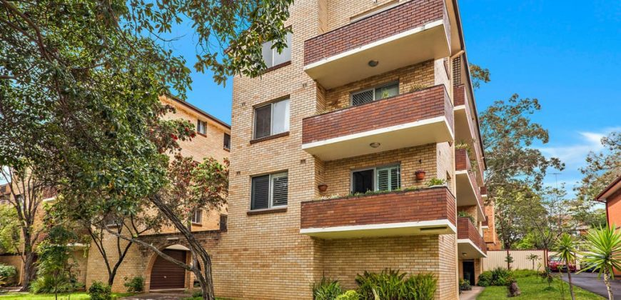 Renovated 2 bed unit Oxford St Mortdale NSW 2223