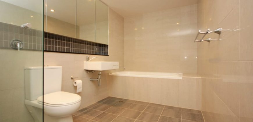 Enormous 1 bedroom apartment Meadowbank NSW 2114