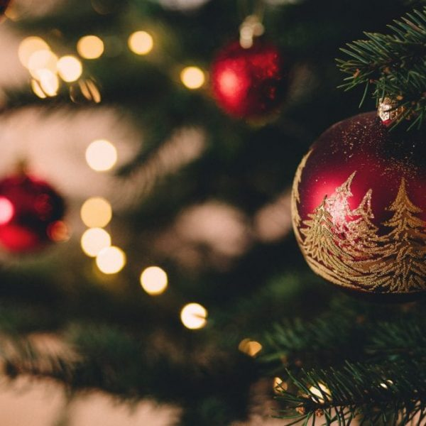 Find a rental property over Christmas: 5 must-know tips