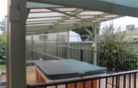 SPACIOUS FAMILY HOME LOCATED WITHIN WILLETTON SENIOR HIGH SCHOOL ZONE
