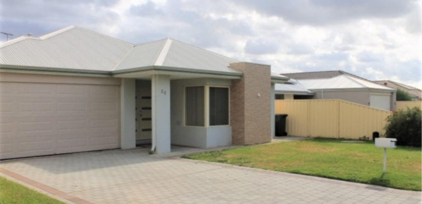 GORGEOUS FAMILY HOME IN PRIME LOCATION