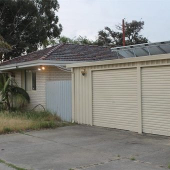 NEWLY RENOVATED KITCHEN AND BATHROOM – RARE 3 X 1 CHARMING FAMILY HOME