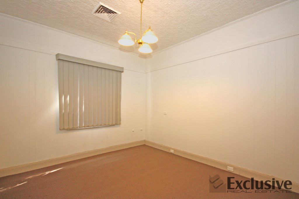 Spacious 3 bedroom house for rent Auburn NSW