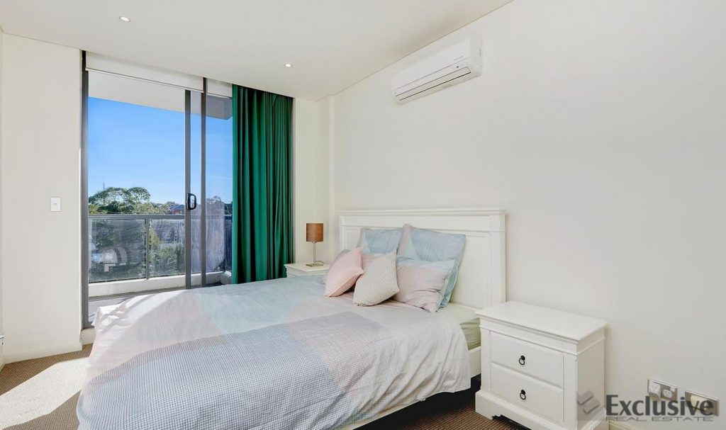 Spacious 2 bed 2 bath apartment Hornsby NSW