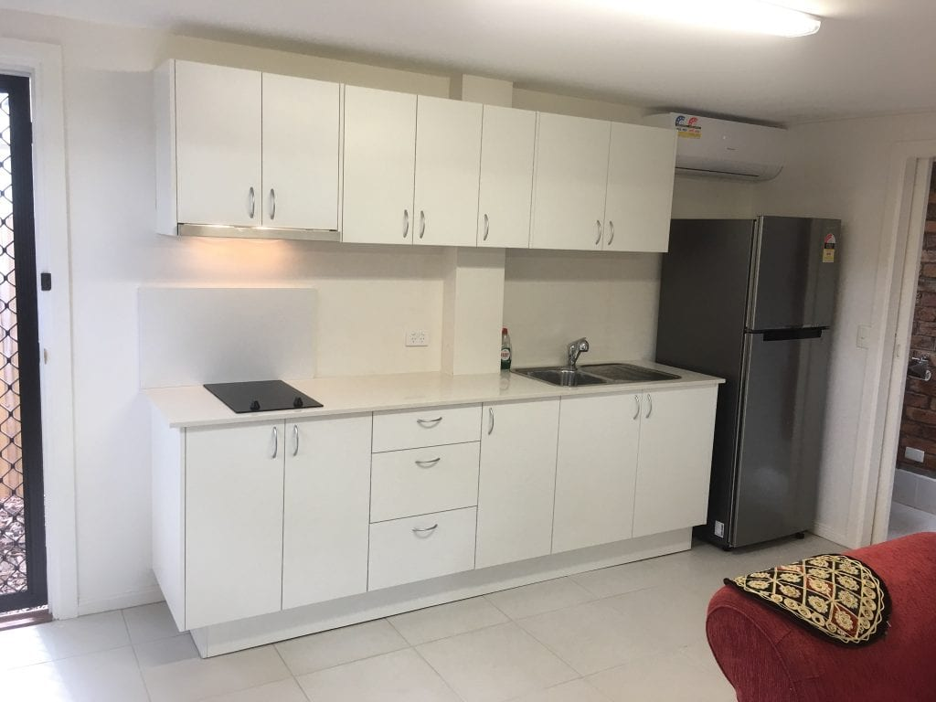 Fully furnished granny flat in a quiet location