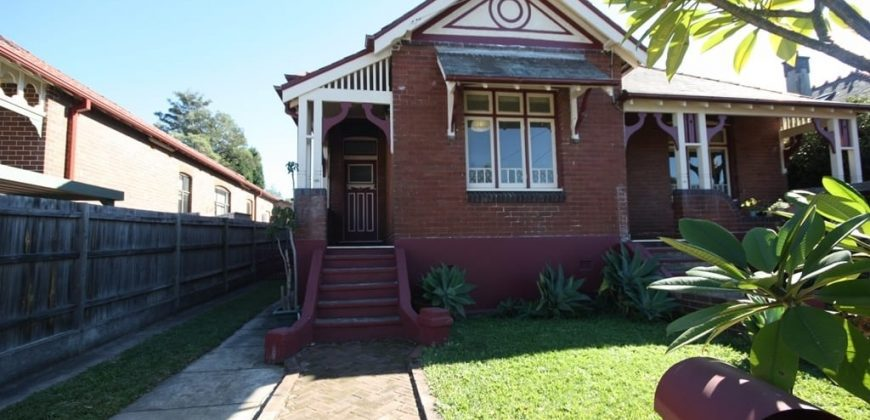 Character 3 bed house for rent in quiet cul-de-sac