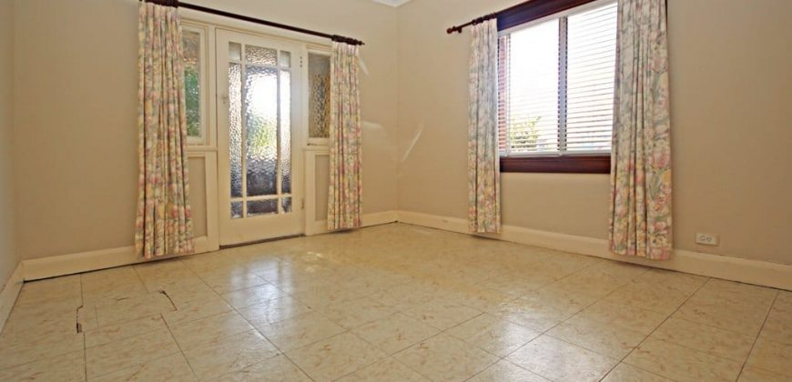 Generous 3 bedroom house for rent Concord West