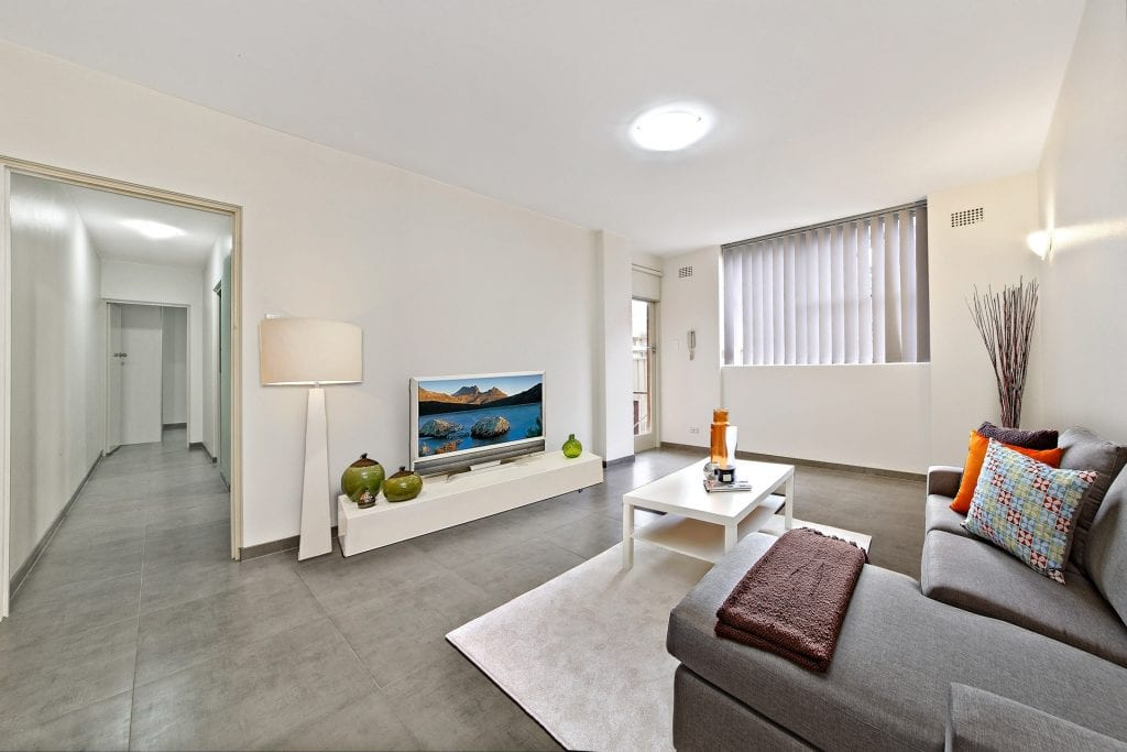 Renovated 2 bed unit Epping NSW 2121