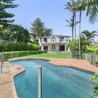 5 bedroom residence located in prestigious sought after suburb