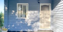 Renovated Cottage – easy walk to town