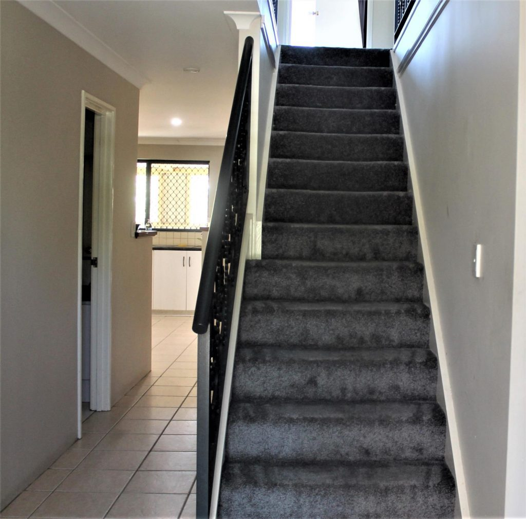 SUPER GORGEOUS FAMILY HOME IN REDCLIFFE