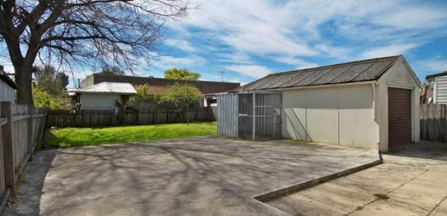 RENT Parramatta – 3-bedroom House/ garage / 1-min walk to bus stop / 12-min walk to Train Station