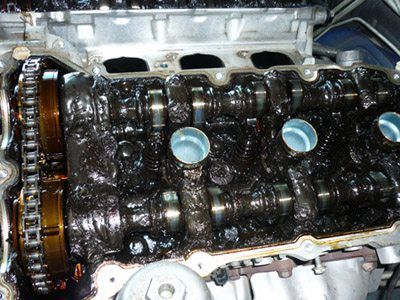 holden commodore engine