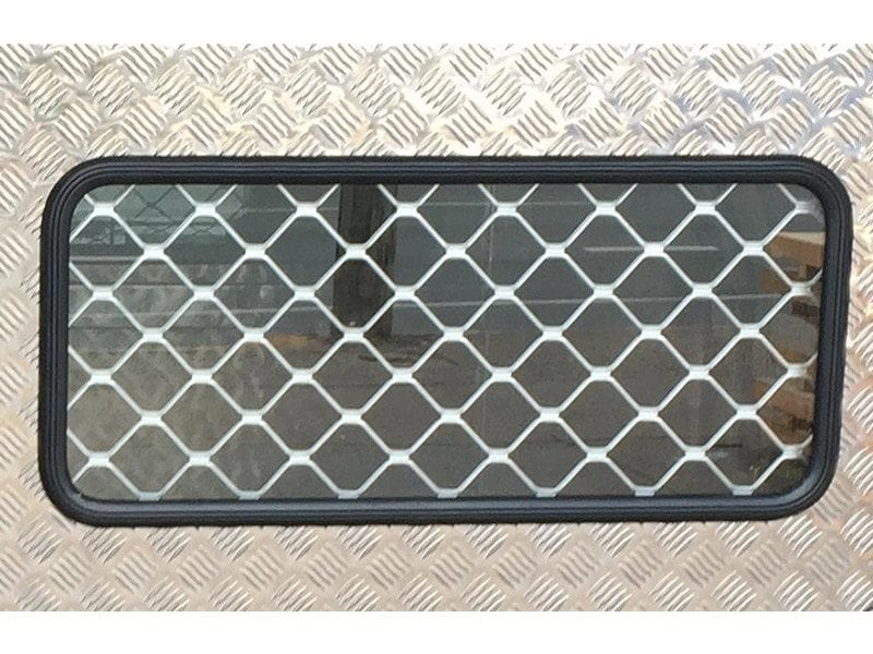 Fixed Window with Secuirty Mesh